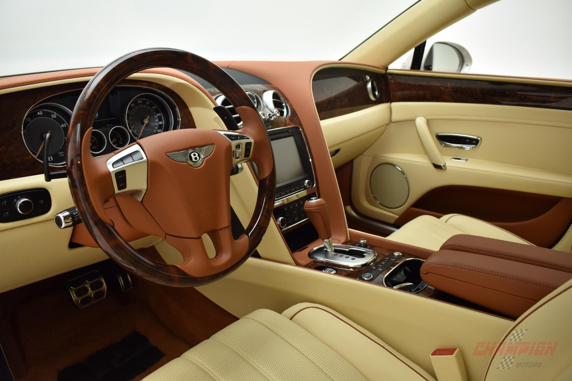 New York - 2015 Bentley Continental GT's Interior