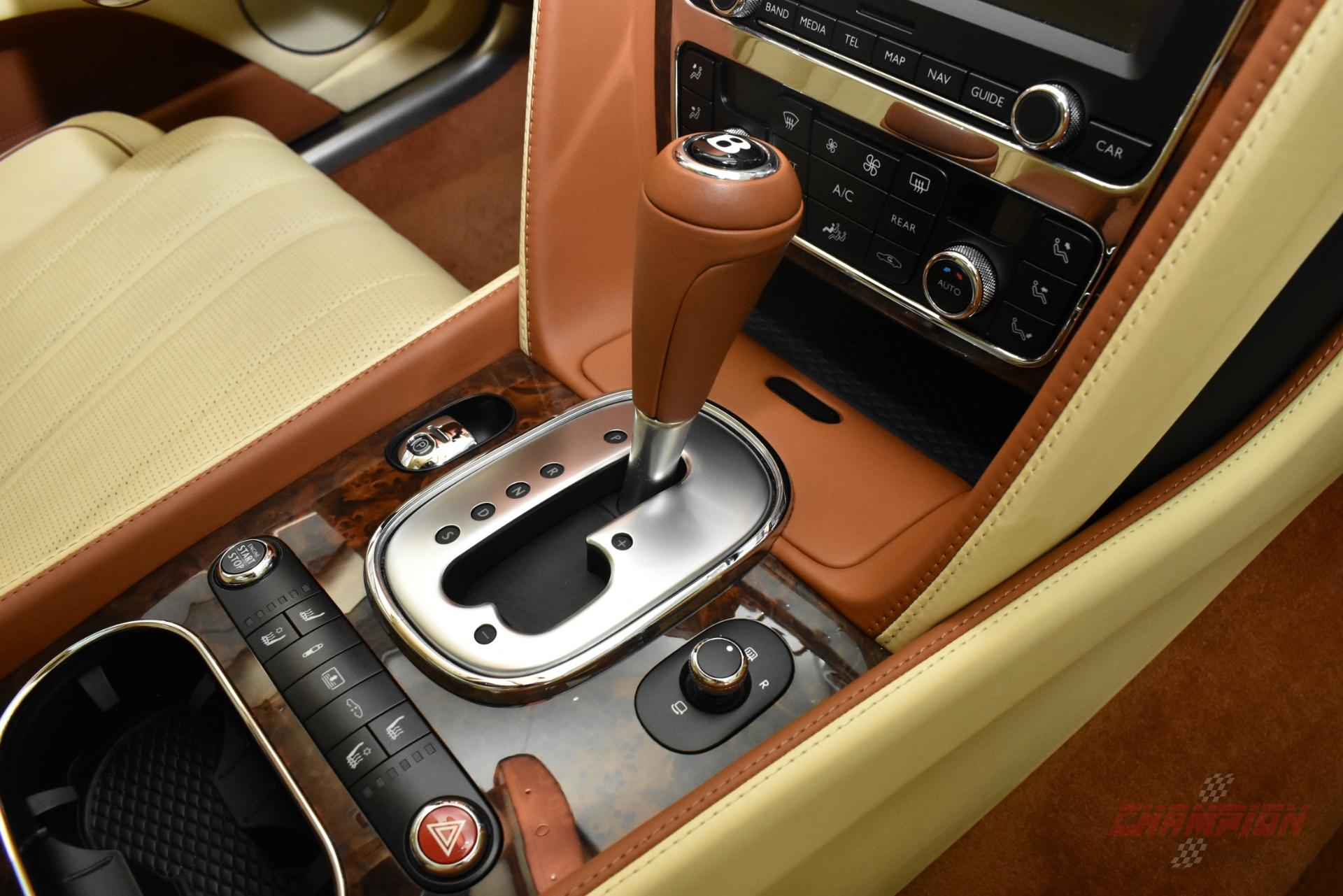 New York - 2015 Bentley Continental GT's Mechanical