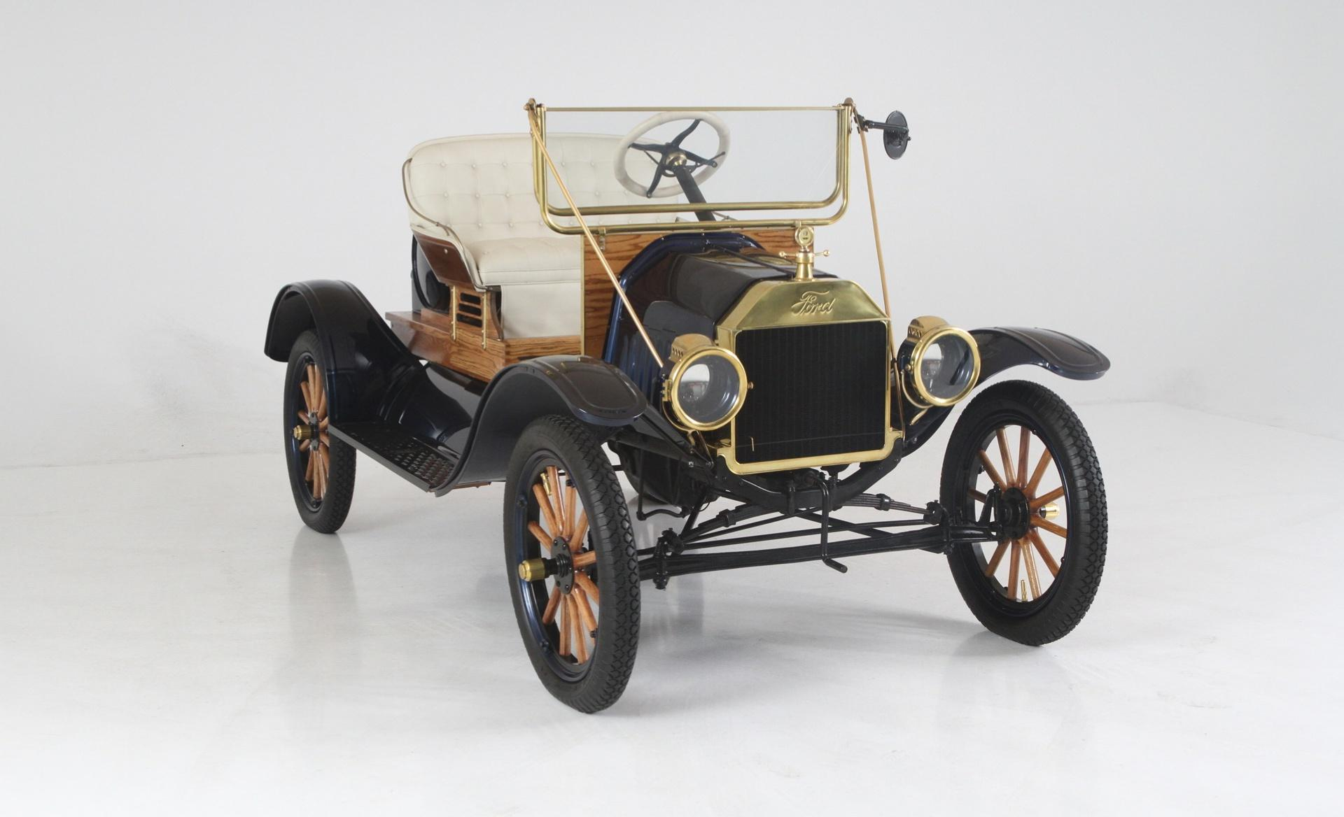 1924 Ford Model T Speedster - Exotic and Classic Car Dealership ...